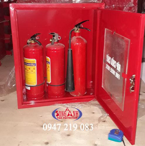 Tủ/hộp đựng 3 bình chữa cháy kích thước 650x550x250mm