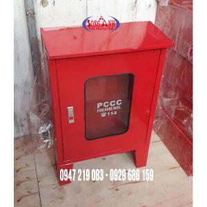 hộp chữa cháy có chân có mái 600x500x180mm